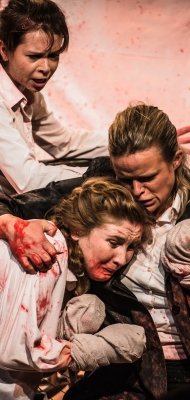 The Andronicus Family   Titus Andronicus: an all-female production from Smooth Faced Gentlemen